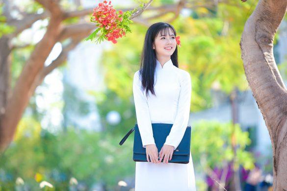 Áo dài hoa phượng đẹp