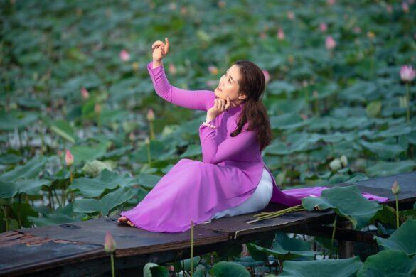 chụp ảnh áo dài hoa sen tam đa